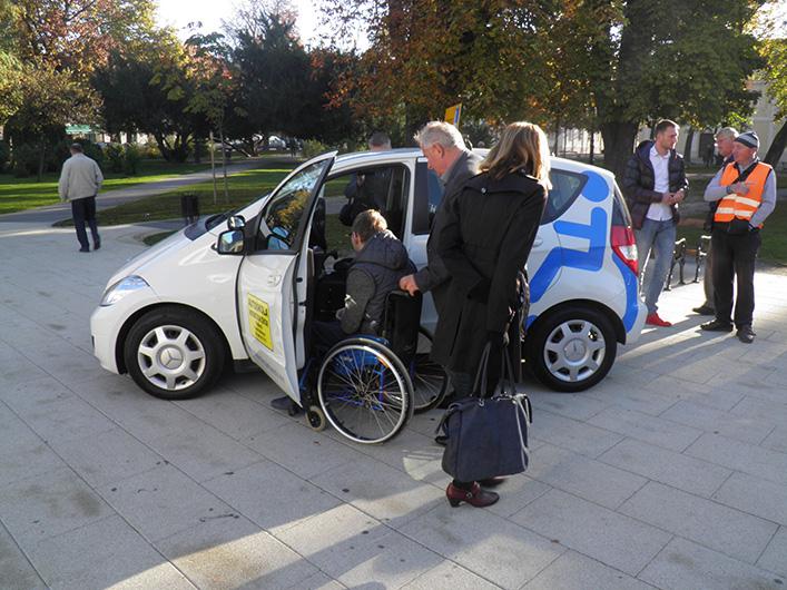 Socijalno uključivanje djece i odraslih osoba s invaliditetom